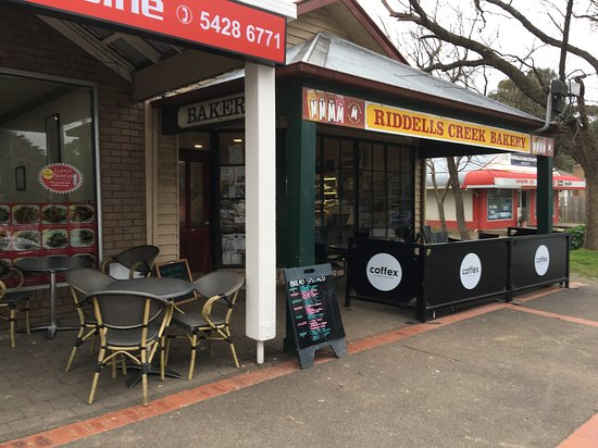 Riddells Creek, Australia: Little shops