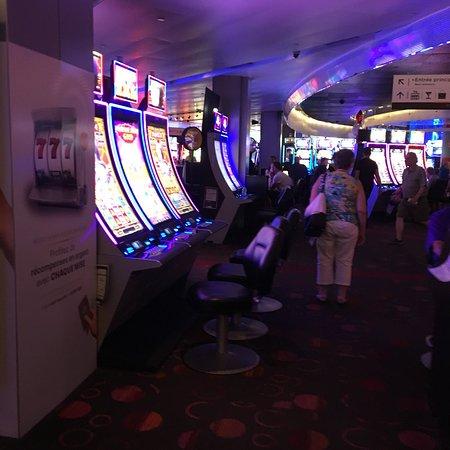 Postuler casino montreal poker downswings two plus two