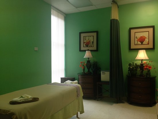 ‪Ilikai Massage Spa‬