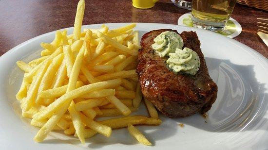 Neckarbischofsheim, Alemania: Restaurant Hirsch