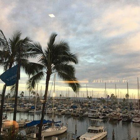 100 Sails Restaurant & Bar: photo0.jpg