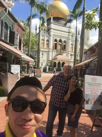 Tour Guide Bas with our guest outside Masjid Sultan