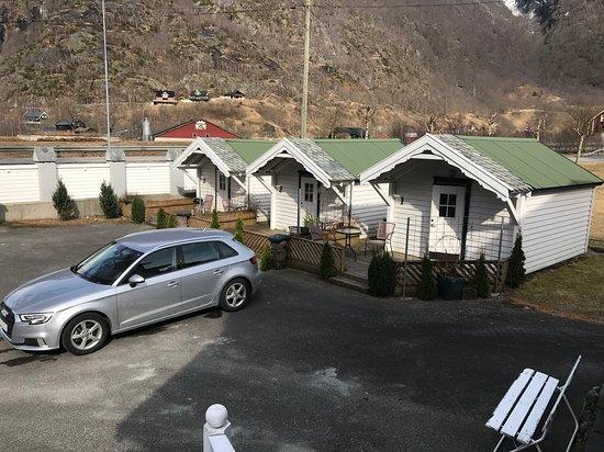 Eidfjord Gjestgiveri: Nogle af de historiske hytter som var nogle af de første som blev bygget langs alfarvejNorgei