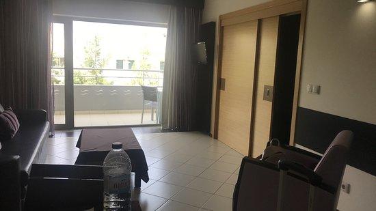 Areias Village Hotel Apartamento: Dining and Sofa Room