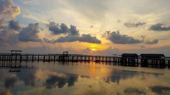 Kelong Elly Bintan Indonesia: sunrise