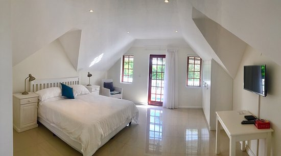 St Francis Bay Lodge: Double Bedroom Upstairs