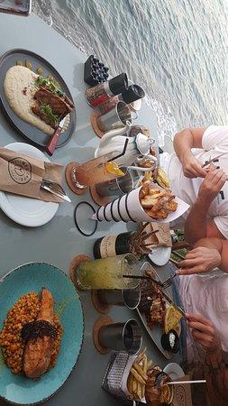 Med Cafe & Restaurant照片