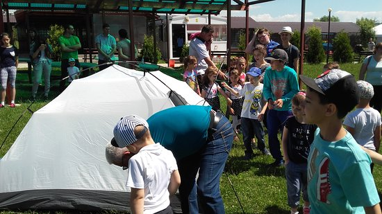 Arges County, Rumänien: Learning to camp out
