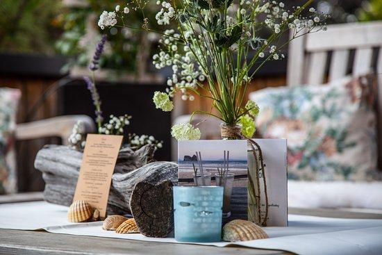 Kaupers Restaurant: Noras maritime Dekoration auf der Dachterrasse in Kaupers Kapellenhof