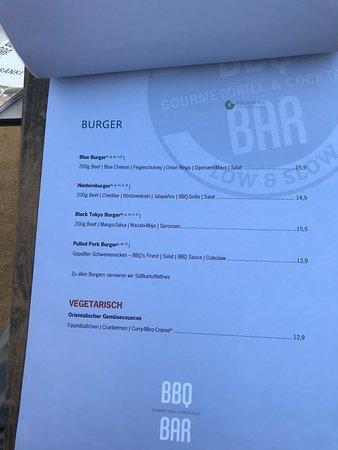 Niedernberg, Germany: Burgers