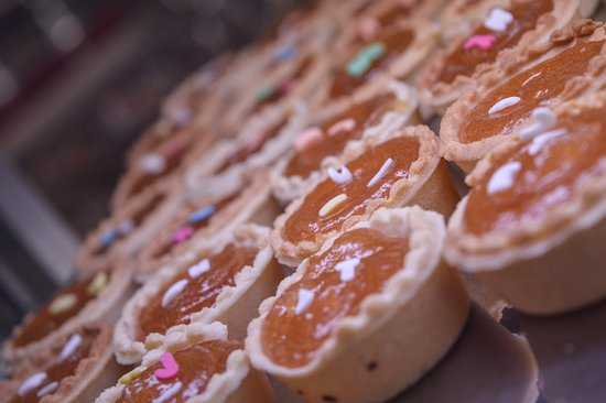 Spyrou Bakery: Fresh mini tarts with greek marmelade. Our production, our recipe. Homemade style sweet.