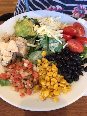 Popover Cafe & Bakery: Chicken & Bean Salad
