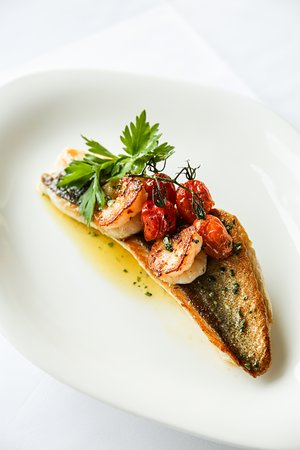 Smith's: Seafood is a speciality, and a passion