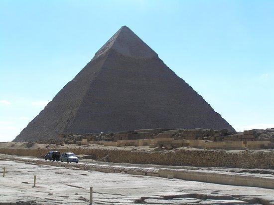 基奥普斯金字塔(胡夫)照片