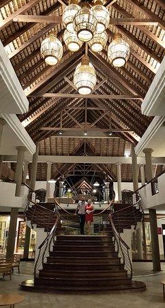 巨浪乐卡诺涅尔酒店照片