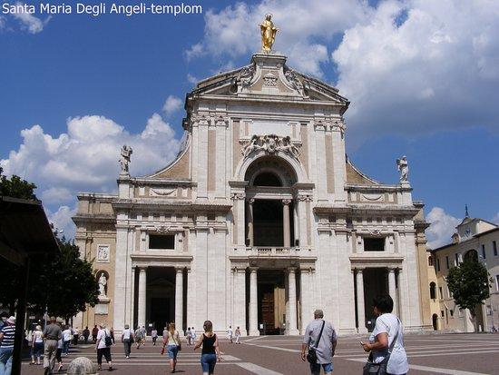 santa maria degli angeli templom homlokzata a templomban tilos volt