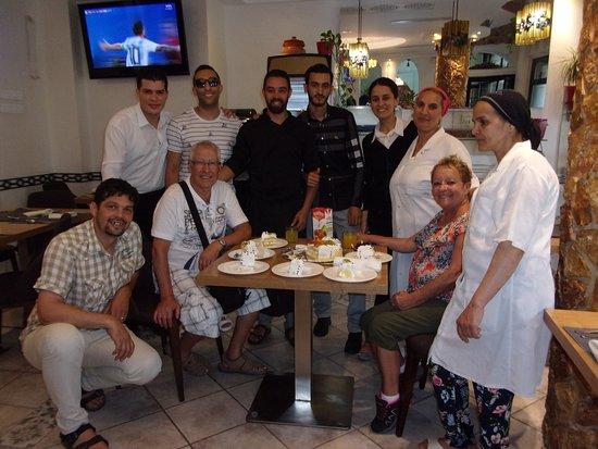 Best Western Colombe Hotel Oran: 46 ans de mariage fêté avec une partie du personnel