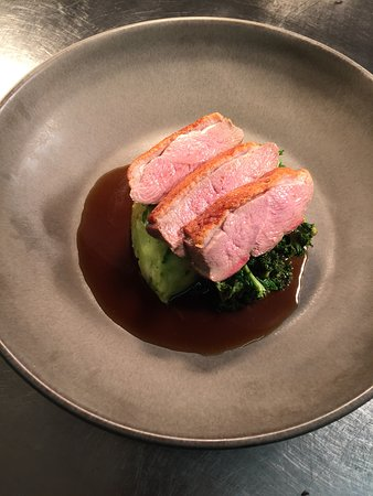 The White Horse: Duck