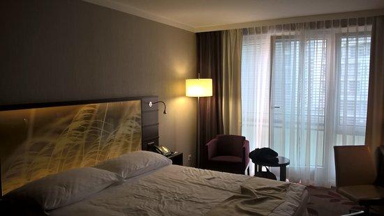 Hotel Ascot Picture