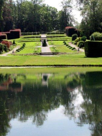 Annevoie-Rouillon, Belgium: Les Jardins d'Annevoie - Picture No. 49