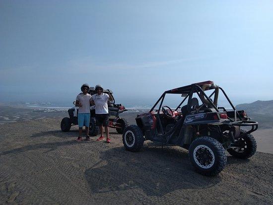 Chilca, Peru: Potentes vehoculos 4x4 para dunas