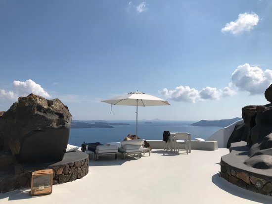 Aenaon Villas: Our view every day - perfection!