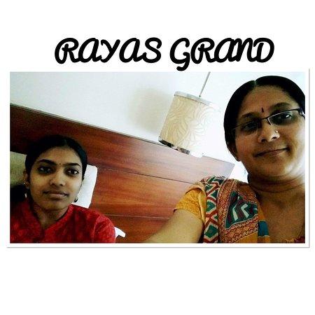 Foto Raya's Grand