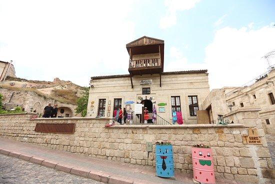 Kapadokya Ebru Sanat Evi