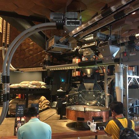 星巴克臻选上海烘焙工坊照片