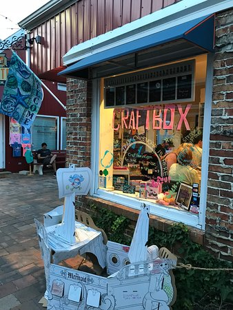 Fenwick Island, DE: Niche specialty shop with hands in activities.
