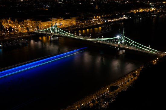 Photo Tours in Hungary by Miklós Mayer: View from Buda side