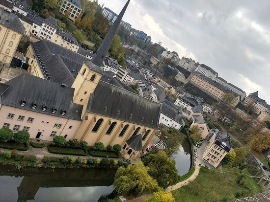Luxembourg District, Luksemburg: Vista da parte baixa de Luxemburgo (Grund)