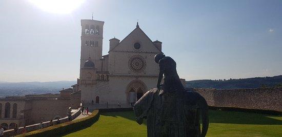 亚西西圣方济各圣殿照片