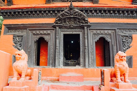 Nepali Temple (Kathwala Temple): Front of temple