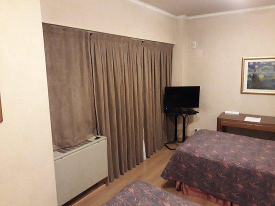 El Conquistador Hotel: 20180702_192826_large.jpg