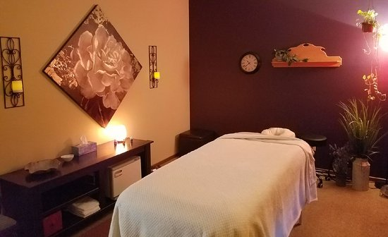Essential Wellness Bodyworks & Massage