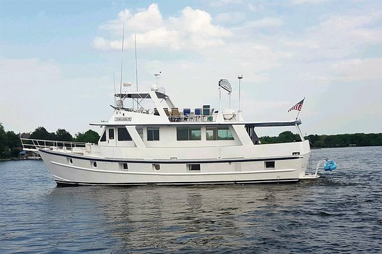 Hendersonville, TN: The Rivership Vagabum RiverShip Cruises Yacht Charters