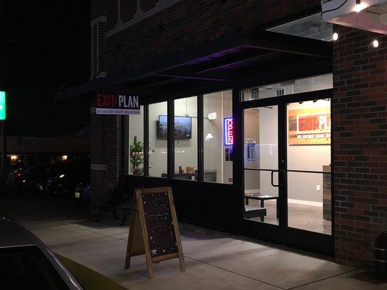 McKinney, Τέξας: Exit Plan store front