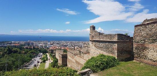 Eptapyrgio Castle照片