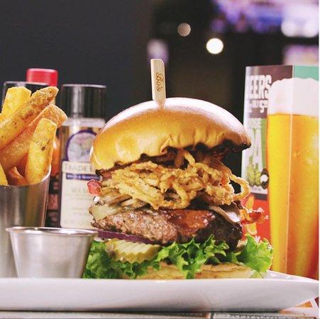 Bokamper's Sports Bar and Grill照片