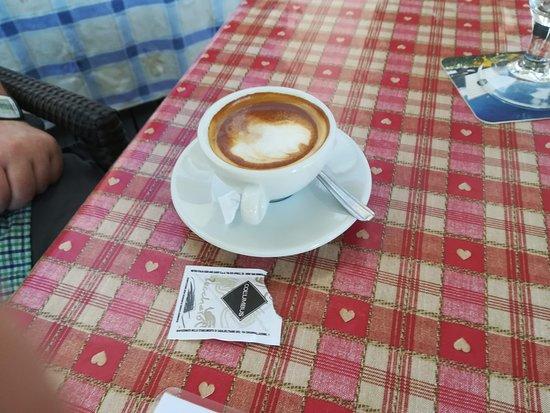 Laces, إيطاليا: met melk
