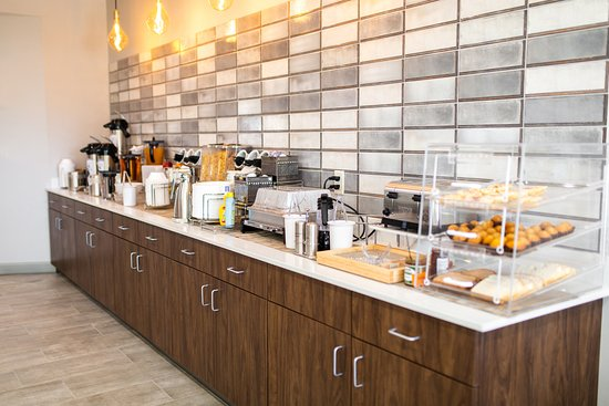 Westlake, LA: Breakfast Area