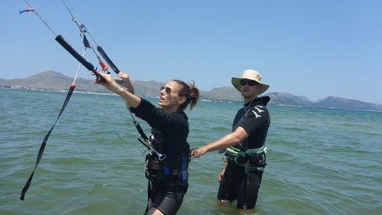Kitesurfing Club Mallorca: kitesurfing mallorca kiteschool σχολείο kite σας στην Pollensa και Alcudia