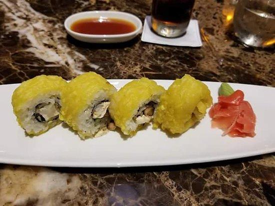 El Dorado Seaside Suites: Crispy tofu sushi at Klay Talay! Delicious!