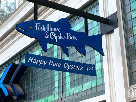 Jax Fish House & Oyster Bar: entrance