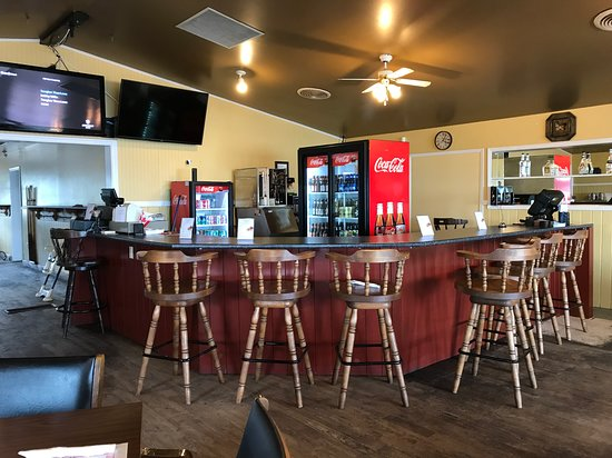 Arichat, Canada: Our new bar!