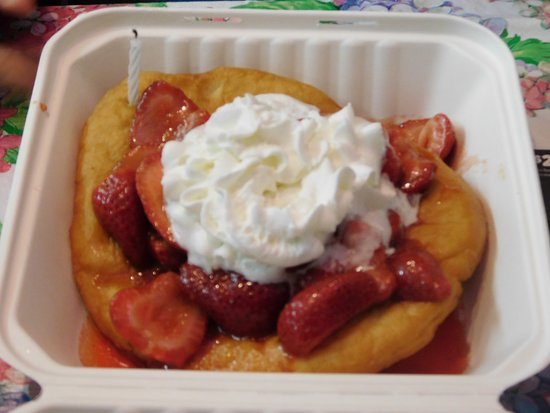 Cherry Valley, NY: Fresh fruity fry-bread