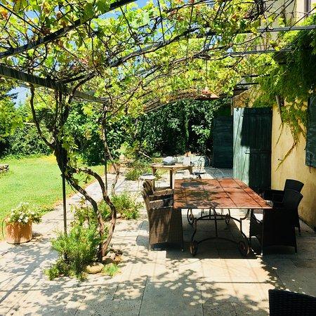 Cabrieres-d'Avignon, France: photo8.jpg