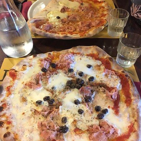 Ristorante Pizzeria 23 Febbraio In Genova Con Cucina