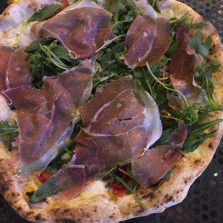 Sorbillo: Delicious pizzas